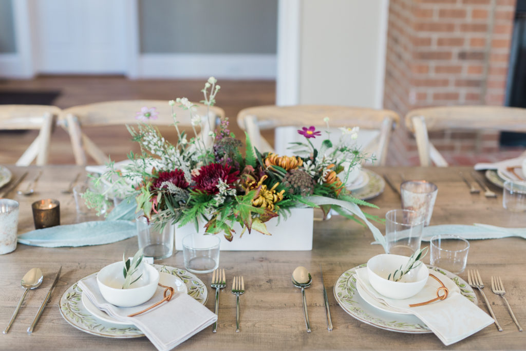 Tabletops - Look Book, Tablescape with flowers on wood table